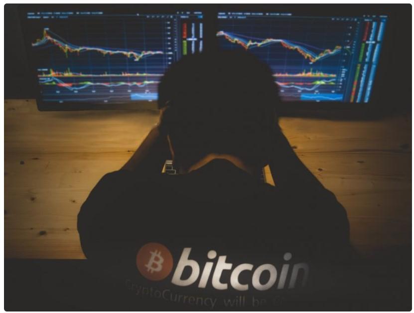 ビットコインの毎週の拒否は価格を1万ドル未満に導く可能性があります。ここに理由があります