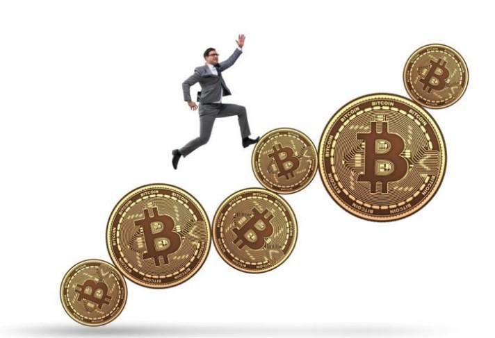 ビットコインの価格が5万ドルを超えて大幅に上昇し始める理由