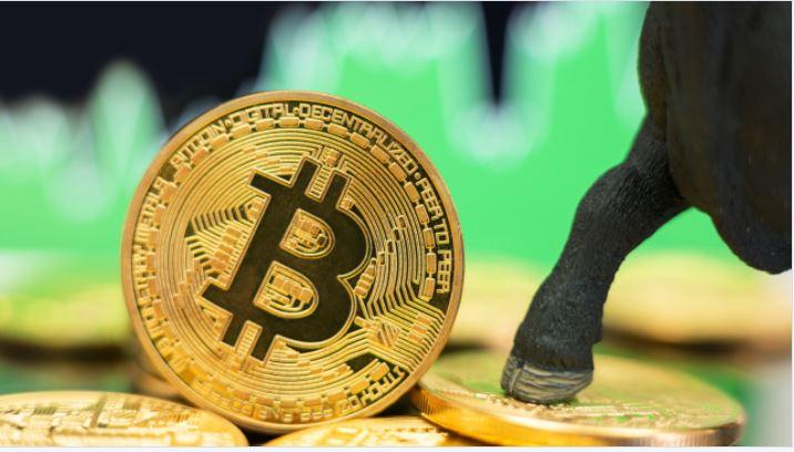 アナリストはビットコインの「リフレッシュされた強気相場」を予測し、価格は10万ドルに向かっている